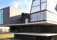 роботи збудували у Швейцарії житловий будинок